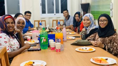 "Photo of Muslim Students Share ""Iftar"" Meal at CJCU in Taiwan"