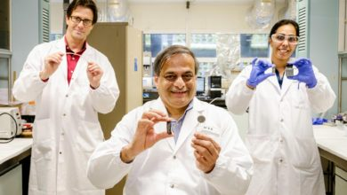 Photo of NTU scientists invent new magnetic-field activated glue